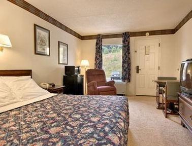 фото Days Inn Fancy Gap Va 769456718