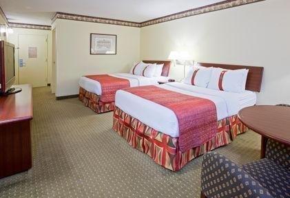 фото Super 8 Motel - Fairmont 769470118