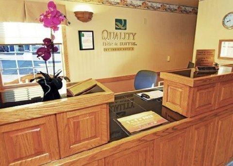 фото Quality Inn & Suites Bremerton, WA 769470561