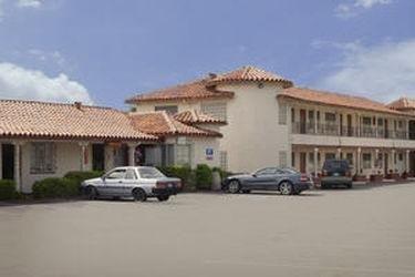 фото America`s Best Value Inn- Golden Bear Inn 769475110