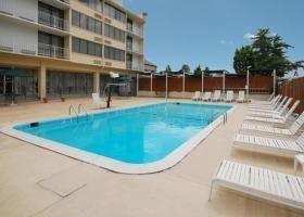 фото Quality Inn & Suites Laurel, MD 769476977