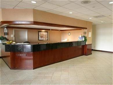 фото Cobb Galleria Inn 769495317