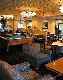 фото Econo Lodge & Suites Davenport 769514118