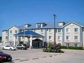 фото Comfort Inn Celburne Main Hwy 769515924