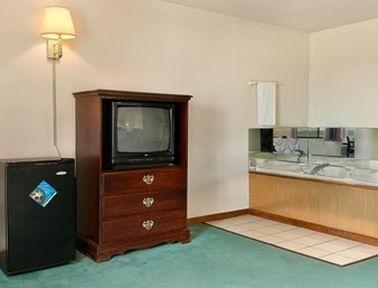 фото Super 8 Motel Lincoln 769519951