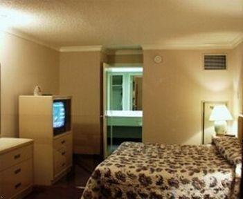 фото ATRIUM HOTEL AND SUITES 769523864