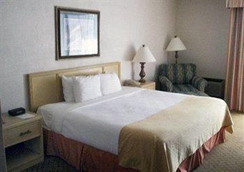 фото Clarion Hotel Myrtle Beach 769537416