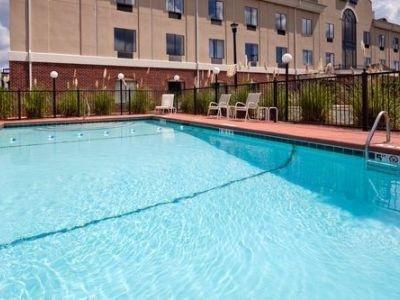 фото Holiday Inn Express Pell City 769611367