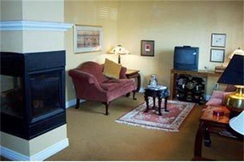 фото Maricopa Manor B&B Inn 769617384