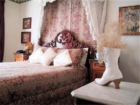 фото Maricopa Manor B&B Inn 769617387