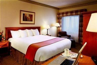 фото Holiday Inn San Diego-national City 769618839