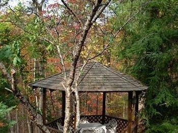 фото Lily Creek Lodge 783332347