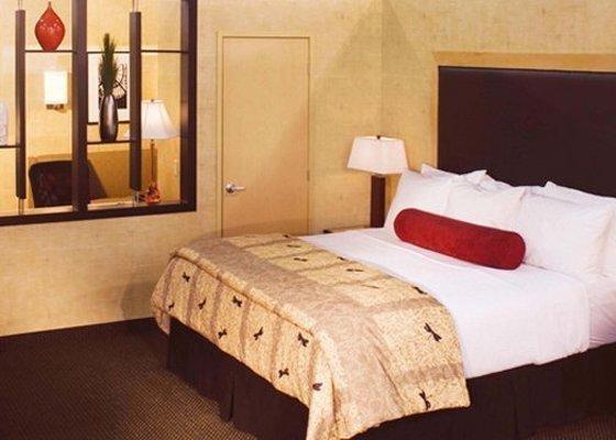 фото Cambria Suites Plano 783825850