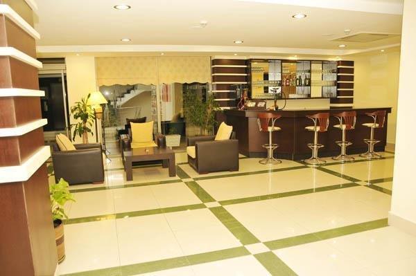 фото Ceres Hotel 784258818