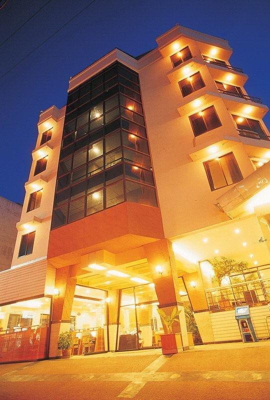 фото Flipper Lodge Hotel 785611324