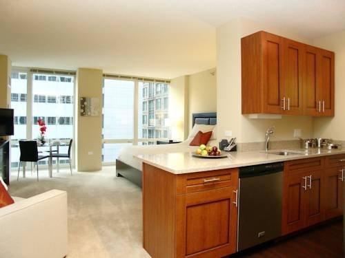 фото Modern Loop Apartments 785852647