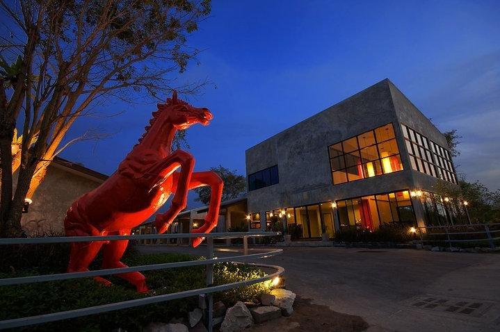 фото Red Horse Resort 786804193