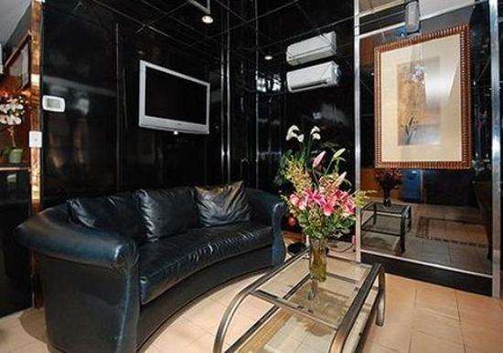 фото Comfort Inn Central Park West 786910579