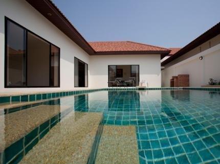 фото Majestic 2 Bed Villa 790560717
