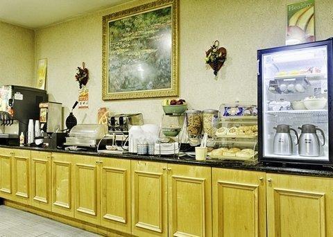 фото Quality Inn & Suites Quantico 793715832