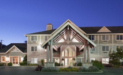фото La Quinta Inn & Suites Newport 793978521