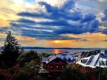 фото Made Inn Vermont 794999436