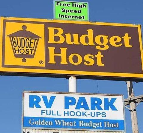 фото Golden Wheat Budget Host Inn Junction City 795505036