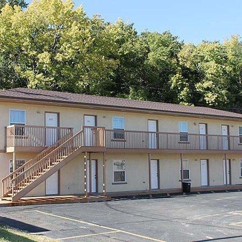 фото Golden Wheat Budget Host Inn Junction City 795505037