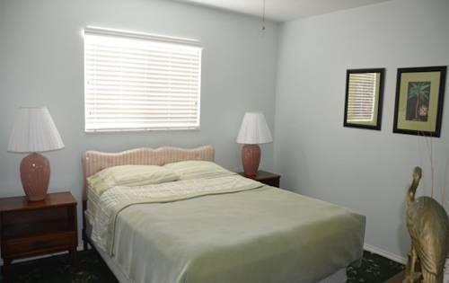 фото Twins Inn & Apartments 796985475