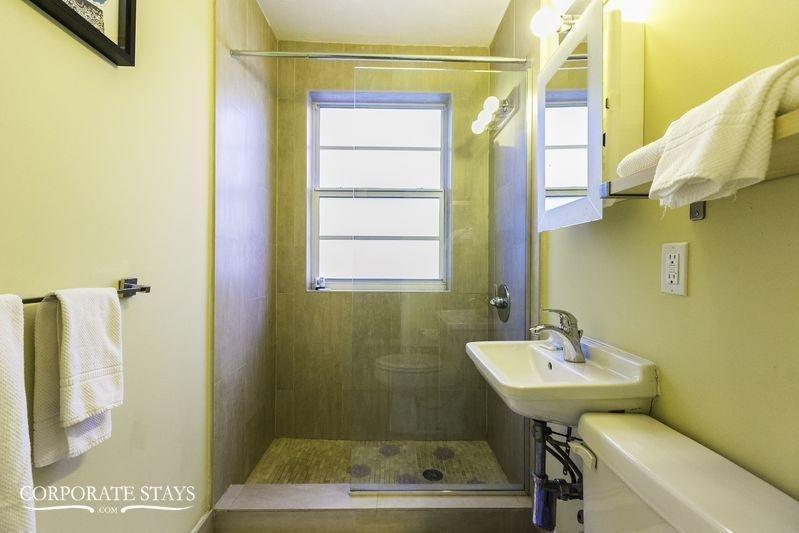 фото South Beach Delightful Suites 797494140