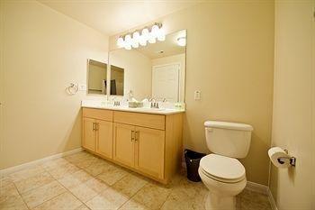 фото Hollywood Apartel 803653758