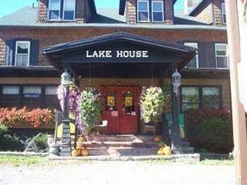 фото The Lake House Lodge 806974625