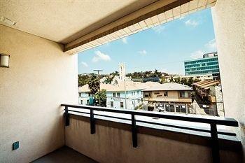 фото Hollywood Apartel 806982046
