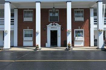 фото Americas Best Value Inn- Jamestown/ West Ellicot 806999674