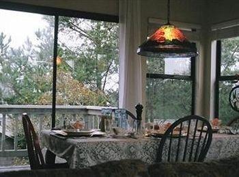 фото Dreydon House Bed and Breakfast 806999795