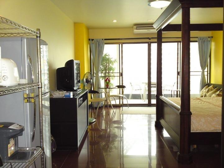 фото View Talay Condominium 5 by VLAD Property 807749500