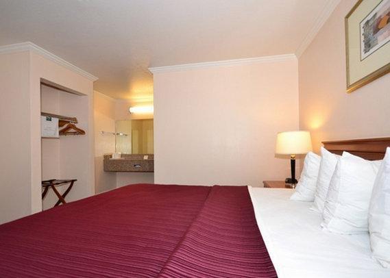 фото Quality Inn & Suites Gilroy 809603653
