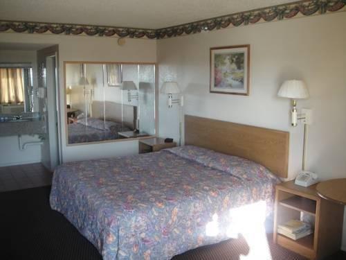 фото Crown Inn Grand Prairie 814994533