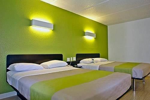фото Motel 6 Redlands 819579683