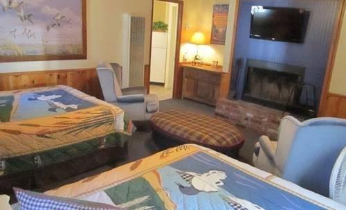 фото Hillcrest Lodge 820880456