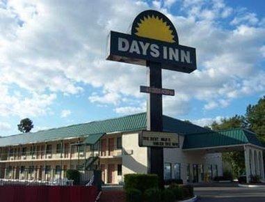 фото Magnuson Hotel Summerton 826316542