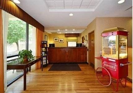 фото Comfort Inn University Charlottesville 827864257