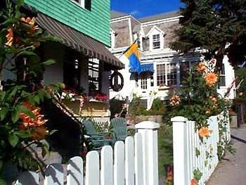 фото Fair Street Guest House 83217820