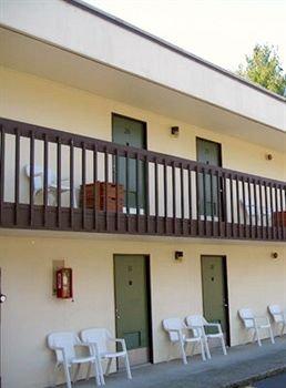 фото Columbia Gorge Inn 83337631
