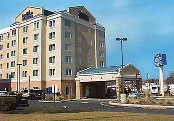 фото Fairfield Inn & Suites Woodbridge 83340221
