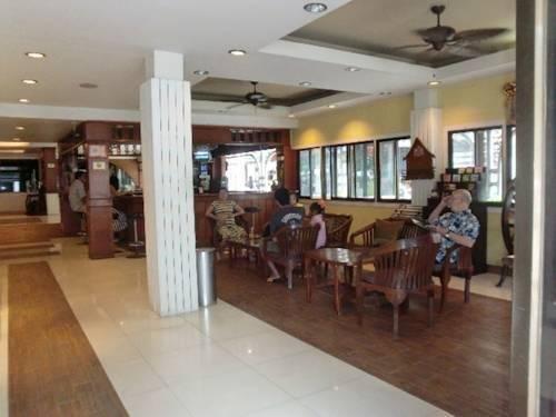 фото Boss Suites Pattaya 843703776