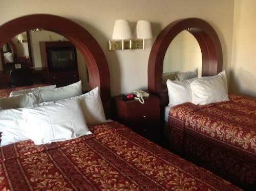 фото Luxury Inn and Suites 843962694