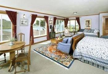фото Jenner Inn & Cottages 843992735