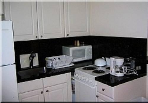 фото Lago Mar Motel and Apartments 844071024