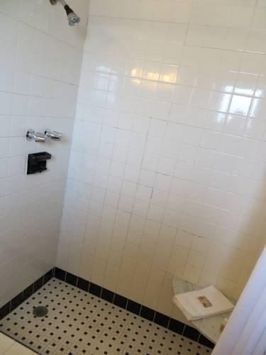 фото Blue Waters Motel 844072445